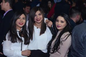 JYNX  En la foto: Aby, Becky y Ana Karen