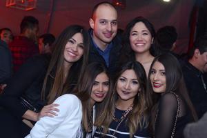 RITTER  En la foto: Dora, Diana, Ricardo, Esmeralda, Melissa, y Linay