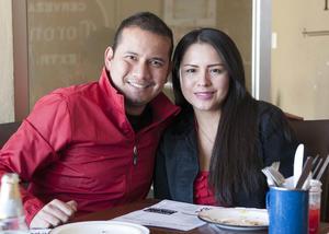 Erick Sotomayor Ruiz  RESTAURANTE NICANOR. Jonathan y Lupita.