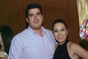 JYNX  En la foto: Beto y Diana