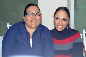 CARLOS RODRIGUEZ AGUILERA  FESTEJAN DÍA DE LA ENFERMERA DEL SANATORIO SAN JOSÉ: ARACELY GONZÁLEZ Y ENRIQUETA GONZÁLEZ