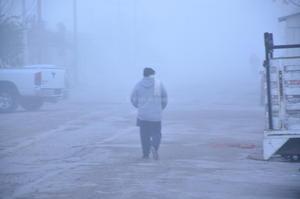 Paisajes blancos de pueden apreciar por la neblina.