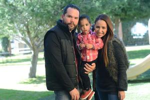 28012016 Hugo, Nicholas y Thalía.