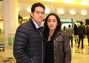 30012016 EN PAREJA.  Luis y Miriam.