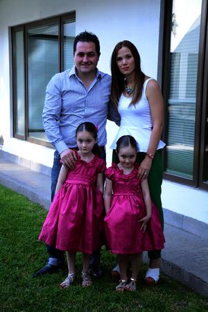 Patricio, Daniela, Romina y Luisa