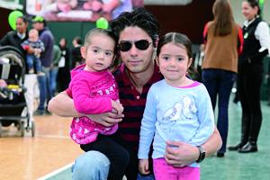 01022016 Luisa Fernanda, Carlos y María Regina.