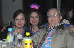 02022016 Laura, Esperanza y Juan Manuel.