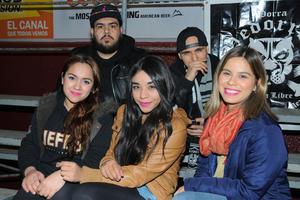 03022016 Mariana, Jiene, Dulce, Arturo y Skuba.