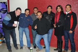 03022016 Mario, Gil, Víctor, Miguel, César, Brenda y René.