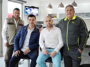 03022016 Marco, Jared, Gerardo y Gerardo.