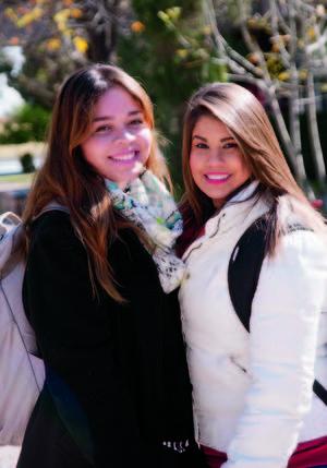 03022016 AMIGAS.  Cecilia y Viviana.