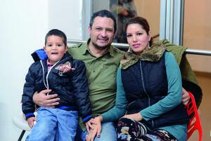 03022016 EN FAMILIA.  Guillermo, Jesús y Carmen.
