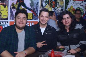 04022016 Jorge, Joshua y Alex.