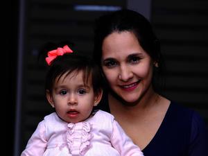 Violeta y Ximena