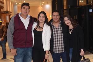07022016 AMIGOS.  César, Dayan, Manuel y Ariatne.