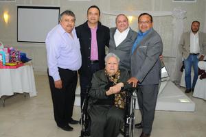 07022016 DE CUMPLEAñOS.  María del Socorro García de Carrillo celebró su cumpleaños en compañía sus hijos, Raúl, Mario Alberto, Luis Rodolfo y Héctor Hugo.