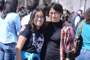 09022016 Frida y Abril.