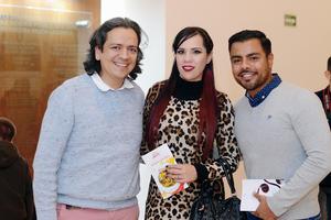 08022016 Arturo, Kitzia y Orlando.