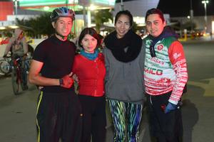 09022016 Enrique, Marlen y Ana.