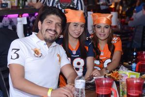 10022016 Pepe, Valeria y Sara.