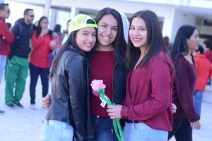 13022016 Karla, Sofía y Luisa.
