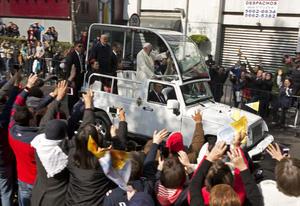 El Papa saludó a los fieles de Ecatepec.