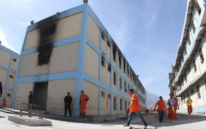 Tras los hechos violentos que dejaron 49 muertos y 12 heridos, autoridades estatales han procedido a revisar a fondo el estado que guarda la operatividad al interior del reclusorio ubicado al noroeste de Monterrey.