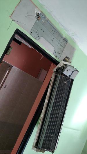 Las celdas de lujo estaban equipadas con salas y minisplits.