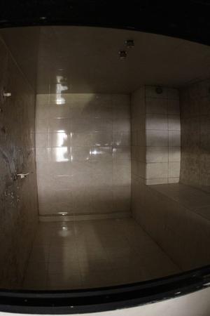 Algunas celdas tenían hasta baños sauna.