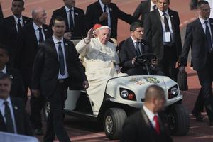 Tras la misa, el Papa se dirigió al Arzobispado de Morelia.
