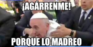 Los tuiteros aprovecharon la expresión del Papa para crear memes.