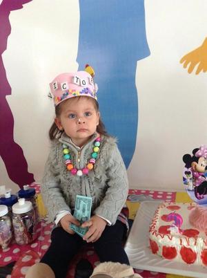 14022016 MUY LINDA.  Victoria Acevedo Carrillo en su cumpleaños.