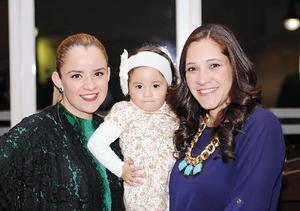 14022016 LINDA POSTAL.  Alejandra y Elisa.