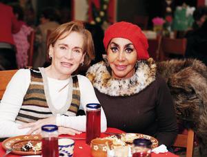 14022016 AMIGAS.  Susana y Vicky.