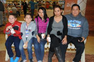 17022016 Familia Gaytán Guerra.