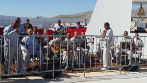 Varios de los 700 detenidos presentes le dedicaron unos cantos antes de los mensajes dirigidos por el obispo responsable de la pastoral carcelaria, Andrés Vargas, y por la interna Evila Quintana.