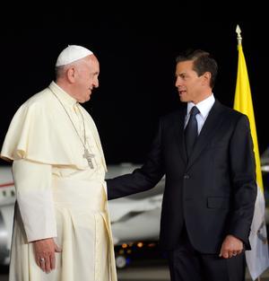 El presidente le dio las palabras de despedida al Papa.