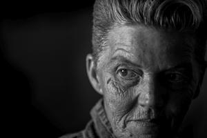 Fotografía de la serie ganadora del primer premio en la categoría de proyectos a largo plazo de la 59 edición del World Press Photo, tomada por la estadounidense Mary F. Calvert. Las imágenes de entre 2013 y 2015, retrata a mujeres que fueron violadas o acosadas durante su servicio en las Fuerzas Armadas estadounidenses.