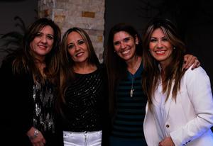 Brenda, Pina y Vero con Angélica