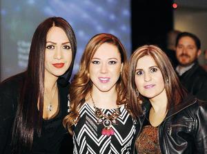 20022016 MUY GUAPAS.  Maravilla, Claudia y Sandra.