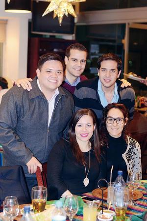 19022016 Omar, Alejandro, Alejandra, Óscar y Julie.