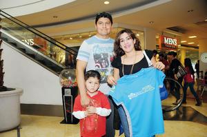 21022016 Aldo, Rosaura y Marco Barrera.