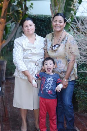 23022016 Lupita, Jaqueline y José.
