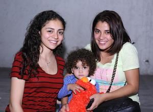 24022016 Paola, Habib y Vanessa.