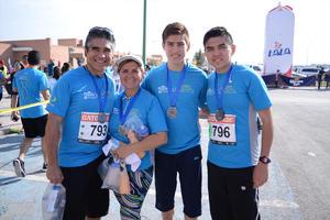 26022016 Miguel, Margarita, Eduardo y Mike.