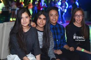 26022016 Ximena, Azalea, Carlos y Vania.