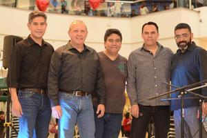 26022016 EVENTO MUSICAL.  Jaime, César, Abdo, Yomel y Roberto.