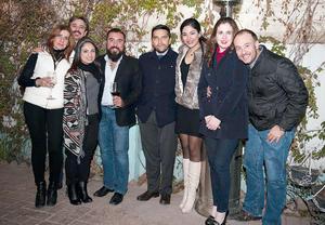 25022016 EN UNA CATA DE VINOS.  Mayte, Beto, Mary Gaby, Javier, Iván, Daniela, Bety y Carlos.