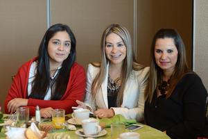 25022016 Sara, Sandra y Ale.