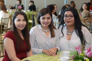 25022016 Azalea, Tania y Lola.